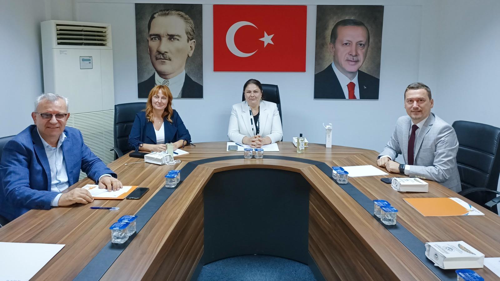 """""""AK Parti belediye hizmetleri ile ilçelerimiz güzelleşiyor"""""""